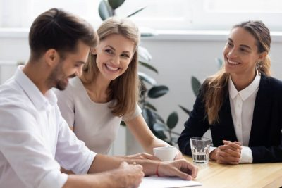 Difference Between a Leasing Agent & Tenant Rep
