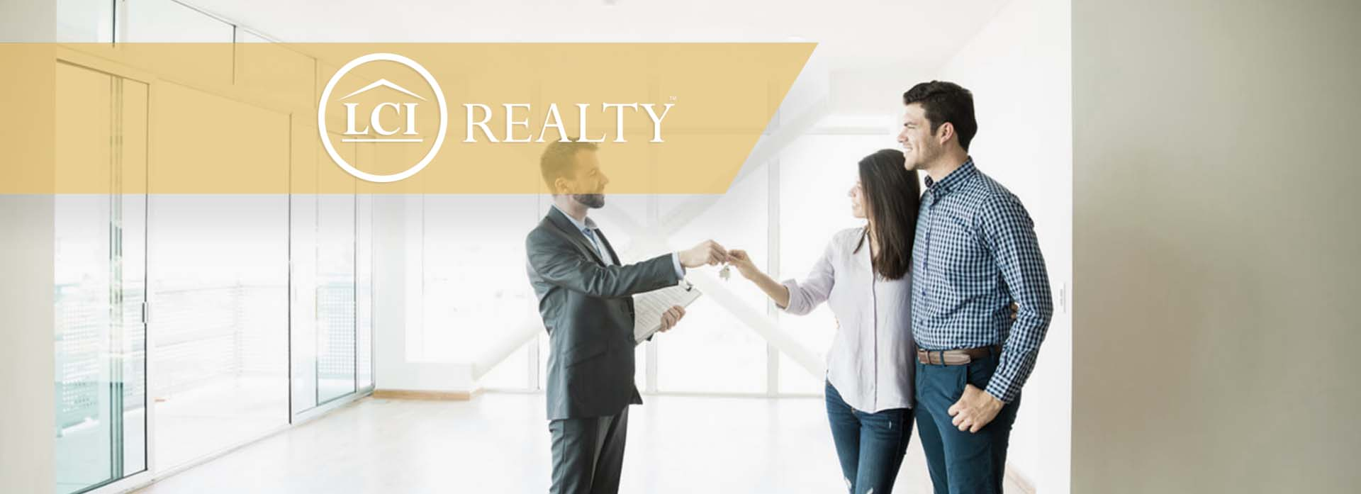 How to Become a Commercial Real Estate Agent?